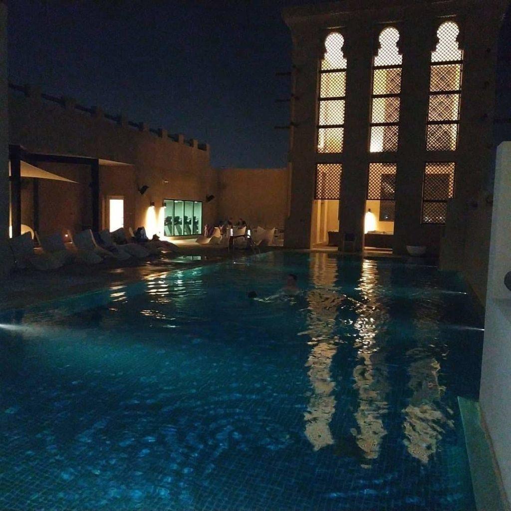 Dubaj ubytovanie bazen