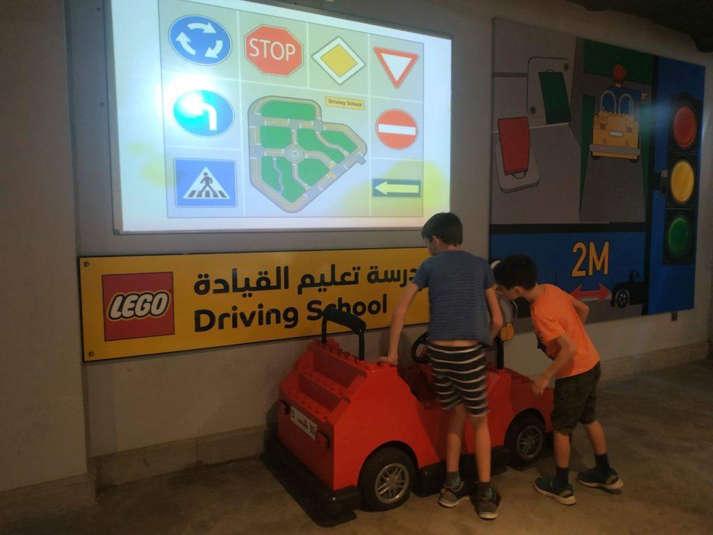 Dubai atrakcie Legoland Motiongate